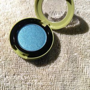 Mac Eyeshadow 'Shimmermoss.'